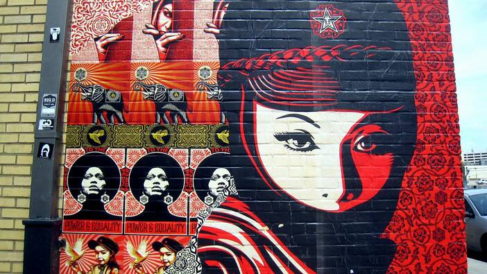 Street art von Shepard Fairey, Mellow Johnny's bike shop in Austin/Texas (2009)