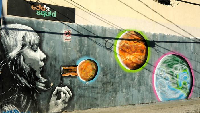 Blowing Planets - Mural.