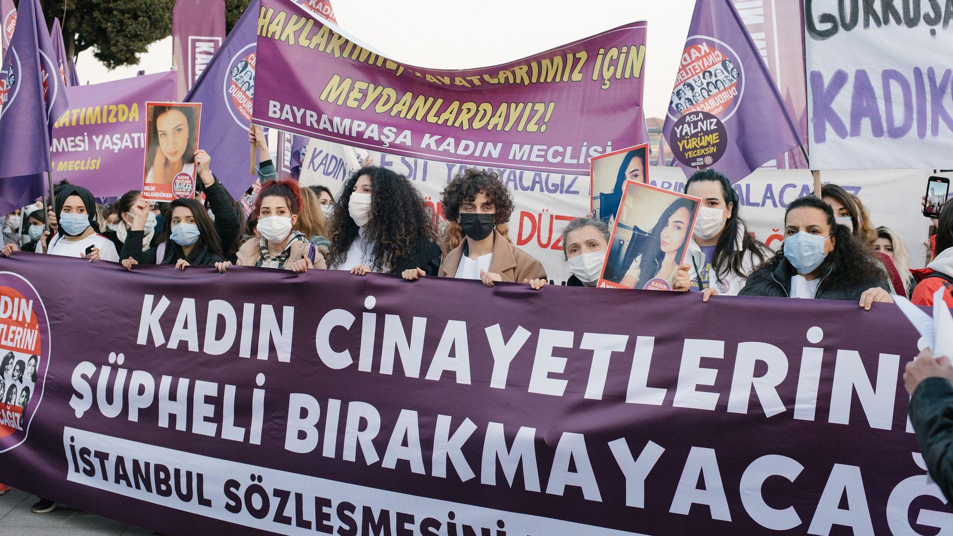 Von istanbul ehefrau trennung Erol Sander: